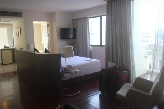 Phachara Suites: Room Interior