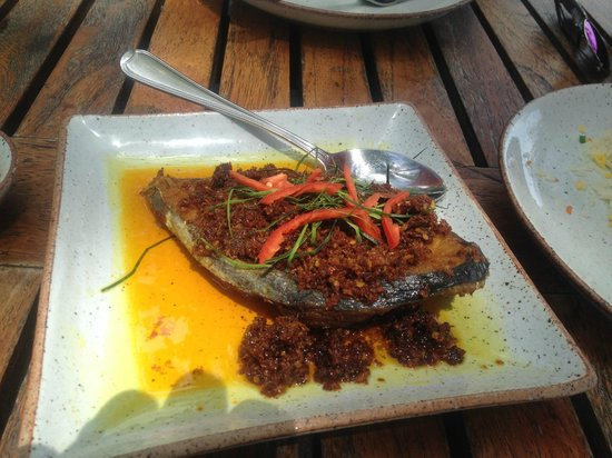 Kan Eang@Pier: Mackeral with chilli paste