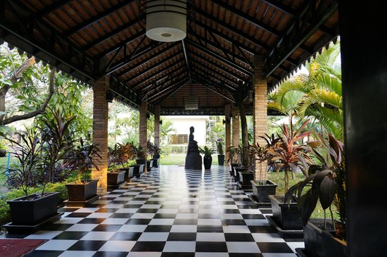 MotherHome Boutique Hotel: Hotel grounds