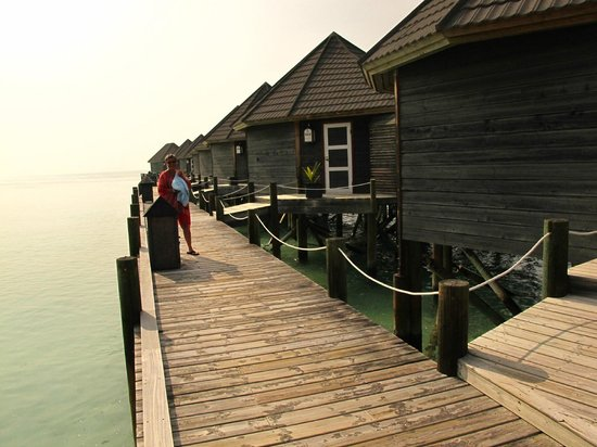 Kuredu Island Resort & Spa: Water Villas