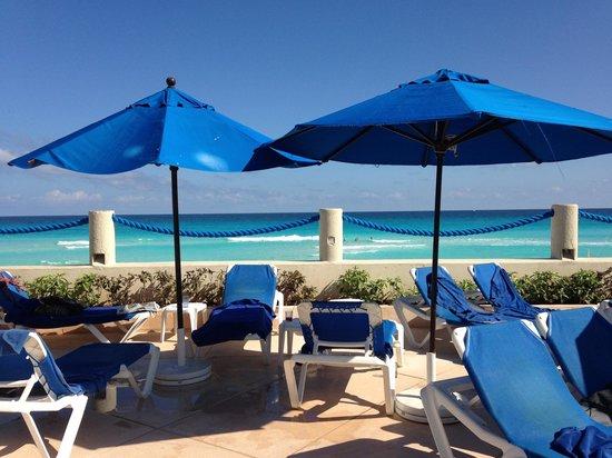 Occidental Tucancun: Pool Area