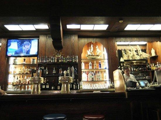 Ship Tavern: 店内の雰囲気