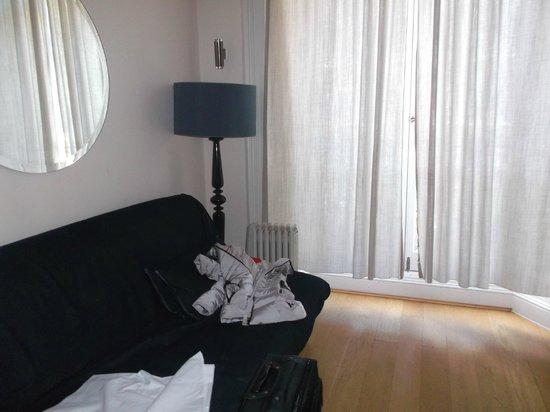 Hyde Park Suites : DIVANO LETTO