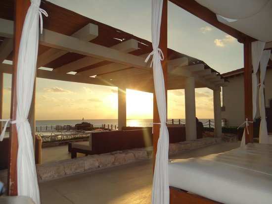 Grand Park Royal Cancun Caribe : Piscina
