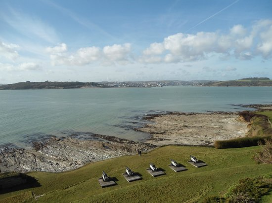 St. Mawes Castle: Looking out from gun enplacements