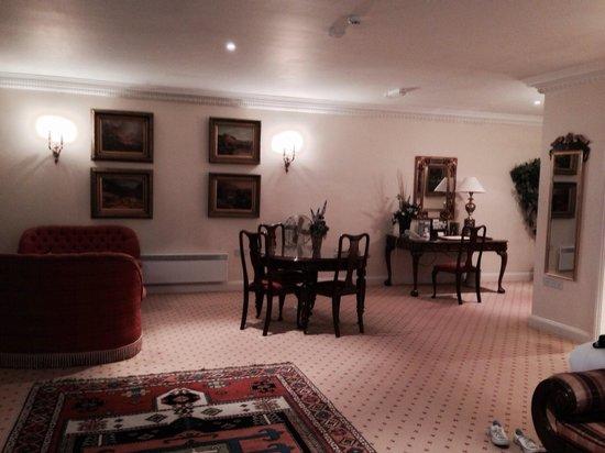 Whittlebury Hall: Hotel bedroom