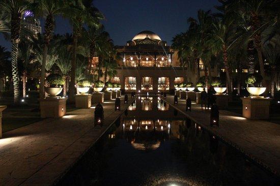 One&Only Royal Mirage Dubai : One&Only Royal Mirage Celebrities Restaurant Nicole Allmann WorldTop7