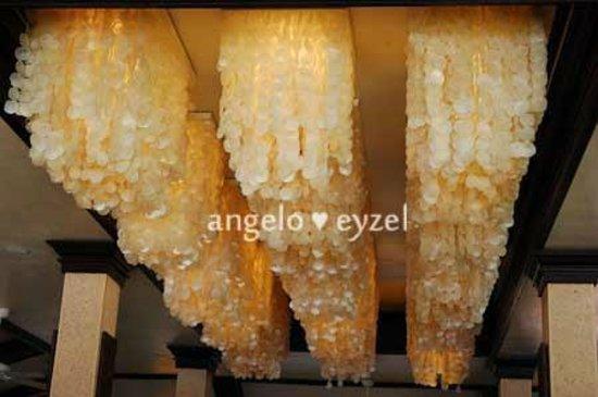 Costabella Tropical Beach Hotel: restaurant ceiling