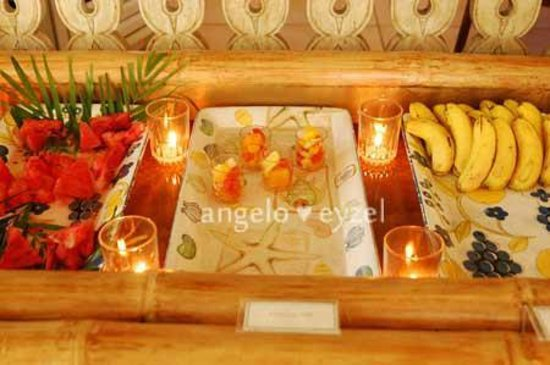 Costabella Tropical Beach Hotel: fruits