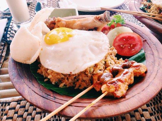 Wapa's Restaurant: Best nasi goreng I've ever had!