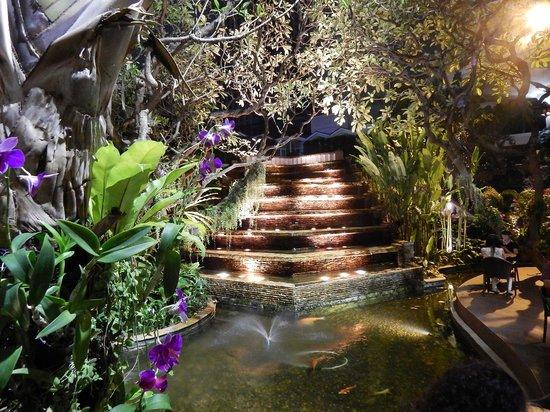 Dusit Thani Bangkok: jardin