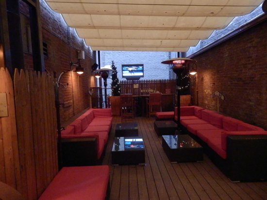 Fitzpatrick Grand Central Hotel: Outside seating