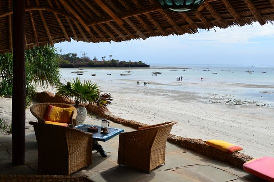 Mbuyu Beach Bungalows: Strand