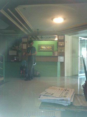 Northview Hotel: lobby