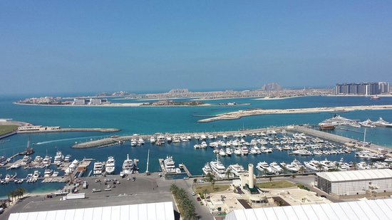 Dubai Marriott Harbour Hotel & Suites: View from 19th floor