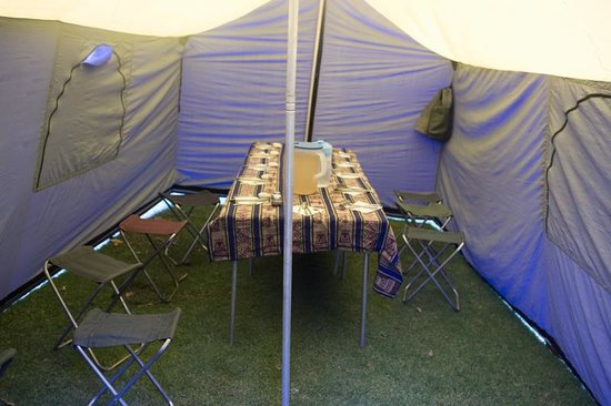 Wayki Trek: Our portable dining room set up for us at every meal before arrival!
