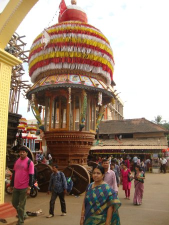 Kukke Shree Subramanya Temple: Car for the god
