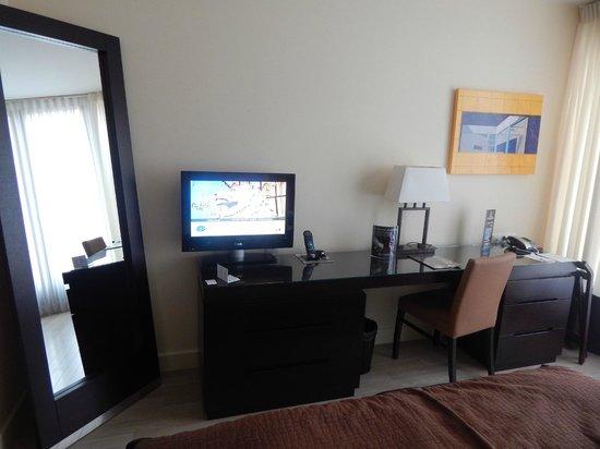 Lion's Garden Hotel: tv