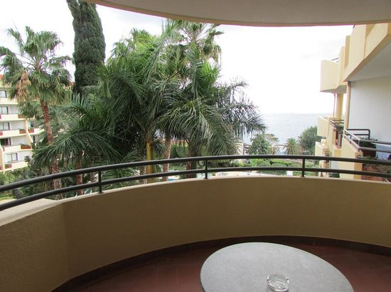 Suite Hotel Eden Mar : Balcony View (shame about the tall trees blocking the view)