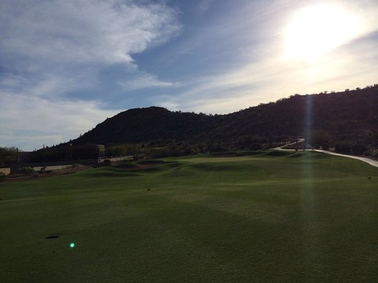 Gold Canyon Resort - Dinosaur Mountain Golf Course: Despite terrible customer service the course is beautiful