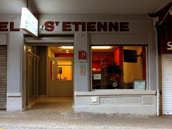Hotel Saint Etienne : Front view Saint Etienne Lourdes