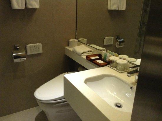 Hotel Manu Seoul: bathroom