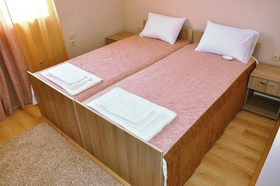 "Hotel Tri ""O"": double room"