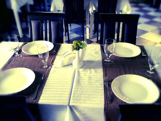 """Hotel Tri """"O"""": the restaurant"""