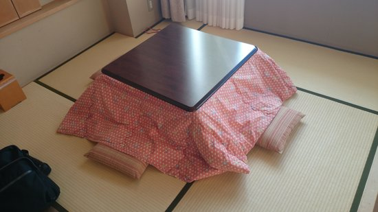 Kaisenkaku: 部屋には掘り炬燵