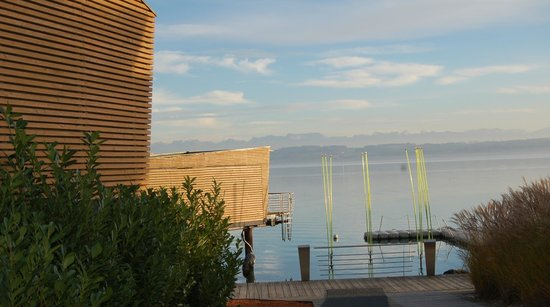 Hotel Palafitte: Pavilions on the shore of lake Neuchâtel