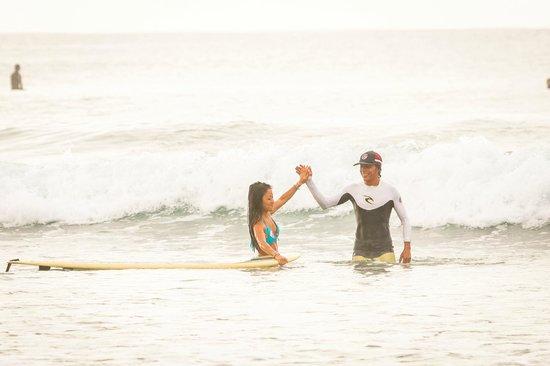 Del Mar Surf Camp: BEST surf sessions @ Playa Hermosa - Carlos Palacios Photography