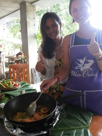 White Orchid : Cooking class