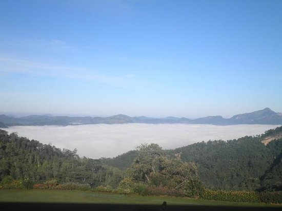Hunas Falls by Amaya: view from our balcony... yes u can see the clouds!