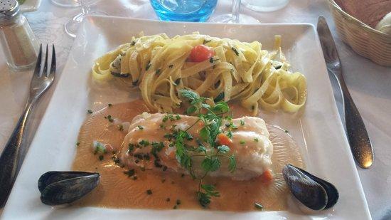 A la Marée : Filet de sabre sauce aux oursins