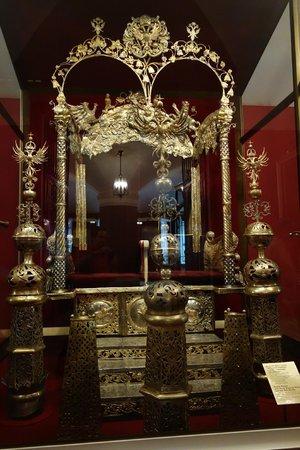 La Armería (Oruzheynaya Palata): Trono real