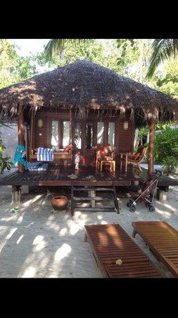Medhufushi Island: Our beach villa number 174