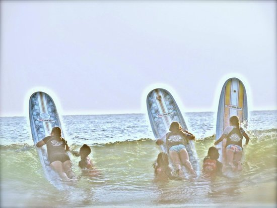 Tortuga Surf School: Pura Vida