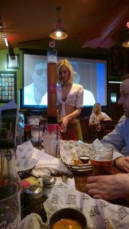 Tilted Kilt Pub & Eatery: Beer tower