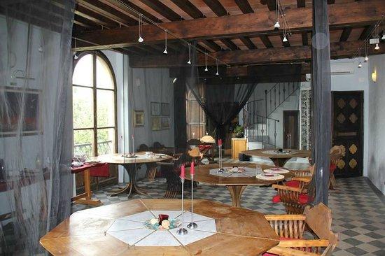 Castello di Montalbano : La sala in cui si cena