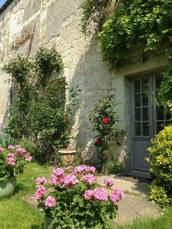 L'Arcane du Bellay: façade côté jardin
