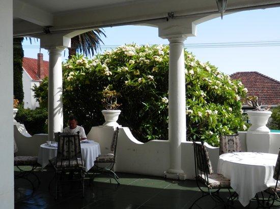 Villa Belmonte: Breakfast on the Terrace