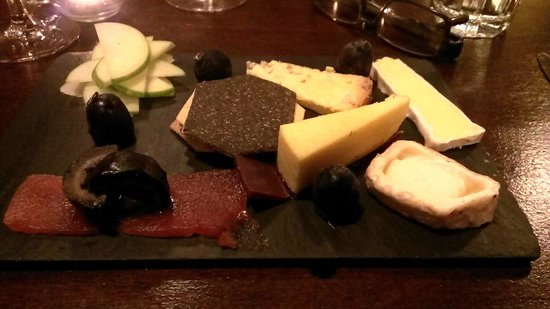 Cherry Duck Harbourside Bistro: cheese board