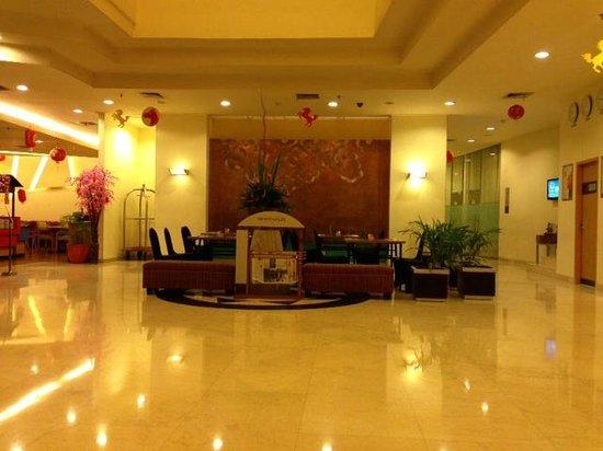 Hotel Ibis Yogyakarta Malioboro: lobby