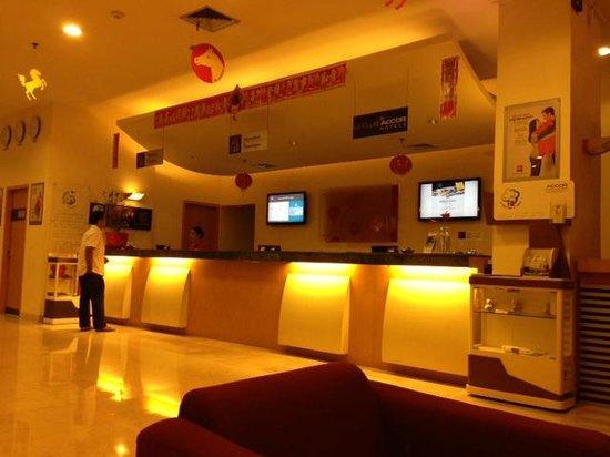 Hotel Ibis Yogyakarta Malioboro: reception