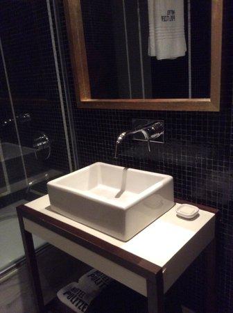 Hotel Pulitzer Buenos Aires: Bathroom
