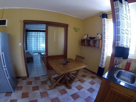 Pingo Studios: Pingo ground floor kitchen