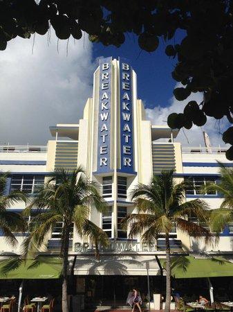 Art Deco Historic District: The iconic Breakwater