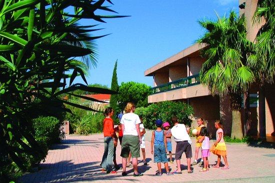 Les jardins de neptune hotel saint cyprien france voir les tarifs et 363 avis - Les jardins de neptune st cyprien ...