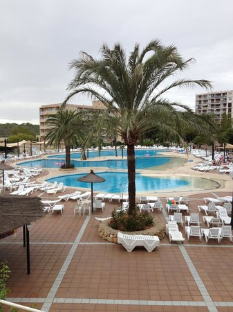 Club Cala Romani : The pools