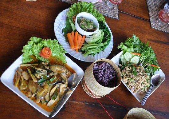 Tum Tum Cheng: Onze zelfgemaakte dishes